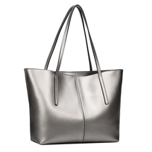 New Designer Famous Brand Women's Genuine Cow Leather Fasion and Sexy Shoulder Bag Luxury Handbags Women Bags Female Tote