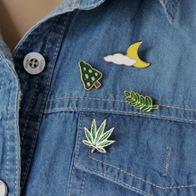 Free Shipping Cute Leaves Clouds Moon Tree Maple Leaf Enamel Brooch Pin Jeans Clothes Badge Fashion Jewelry Wholesale For Women