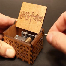 Anonymity Antique Carved wooden hand crank Harry Potter Music Box Christmas gift birthday Gift Party Supply free gifts bracelet(China)