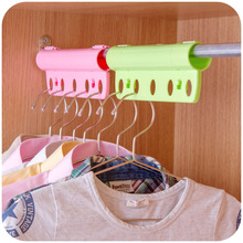 1PC Creative Plastic Durable Fixed Round Clothes Hanger 5 Holes Lock Fasten Windproof Drying Rack 3 Colours(China)