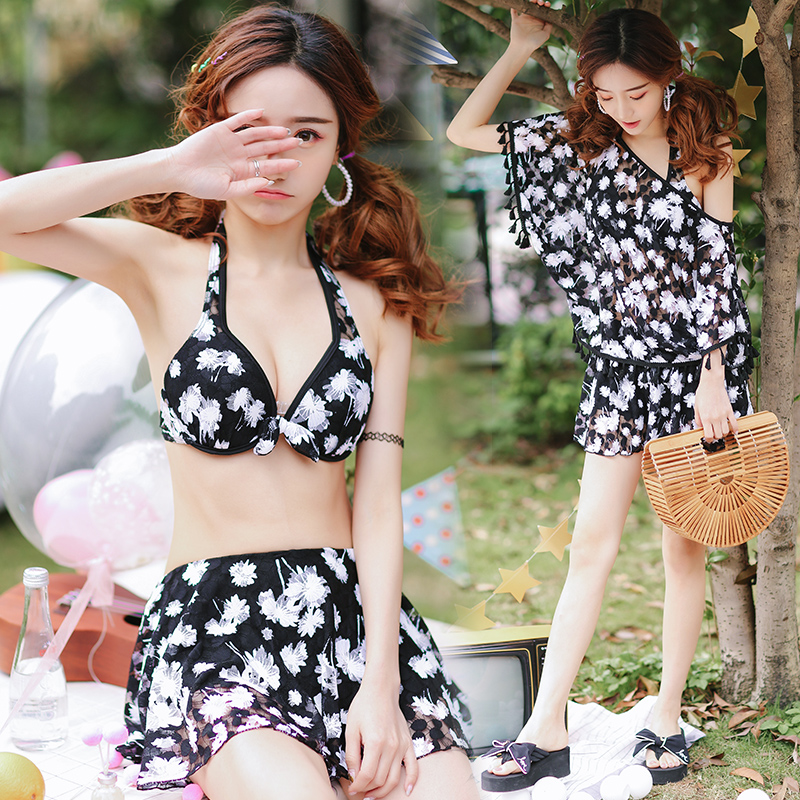 New 2018 Halter Black Bikinis Women Floral Swimsuit Female Swimwear Dress Brazilian Bikini Set  Bath Suit Wear Biquini Skirt<br>