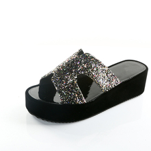 Shine Bling Ladies Wedges Platform Slippers Fashion Sexy Style Women Shoes Open Toe Summer Outsides Med Heels Shoes Woman Slides