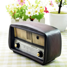 Advanced New Vintage Resin Cute Retro Radio Shape Piggy Bank Coin Penny Cent Money Cash Saving Safe Box Storage Tank for Decor