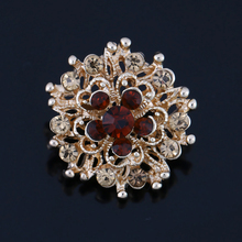 Factory Direct Sale Colored Crystal Small Cute Flower Design Brooch Pins for Women in 12 assorted