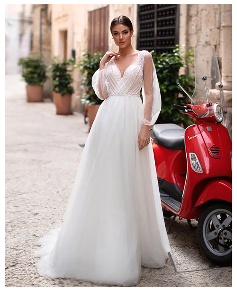 Beach Wedding Dress 2019 Lace Appliques Puff Sleeves Bride Dresses Open Back  V Neck Wedding Gowns Backless Floor Length