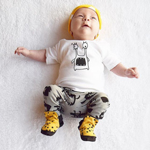 In the spring of 2017 the autumn small leopard bow work clothes children wear short-sleeved clothes baby crawl cotton(China)