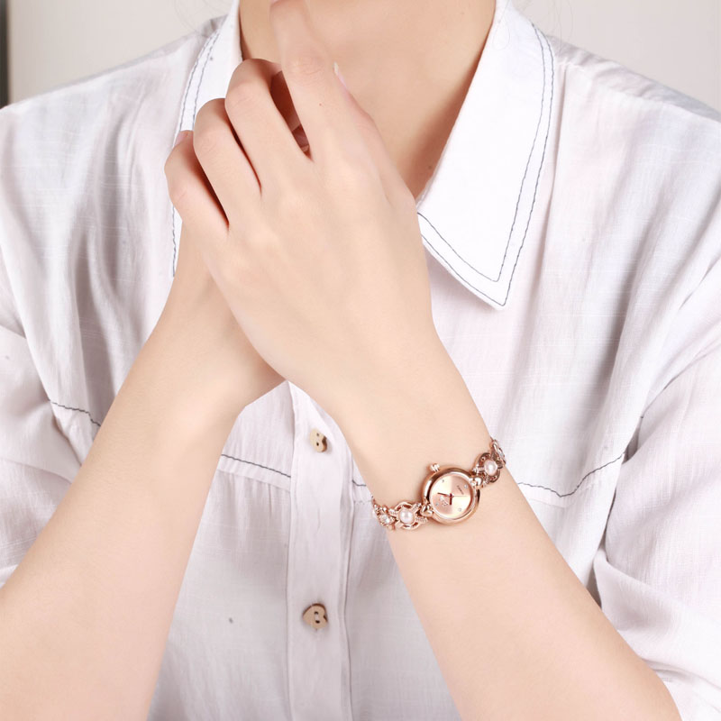 Barbie women Watches sweet fashion imitation pearl bracelet Quartz Watch Ladies Waterproof Wristwatches girls watch for gift