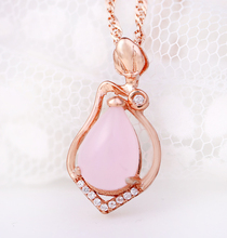 J Store Statement Necklaces Cute Pink Natural Ross quartz Stone Water Drop Pendant Necklace for Women Gold Plate Charm Jewelry(China)