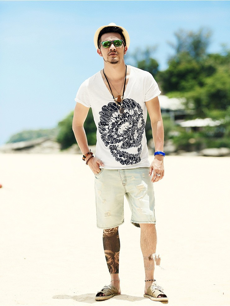 Deep V Neck Skull Print Slim T-shirt