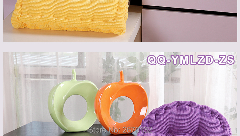 Corn-Cushion-790-02_13