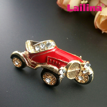 Accepting Customized Gold Tone Enamel Car Brooch Red Charming Car Broach for women Decoration