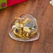 Laxury Heart shaped transparent music box with Wood up golden musical movement love gift play For Alice/Kiss the rain(China)