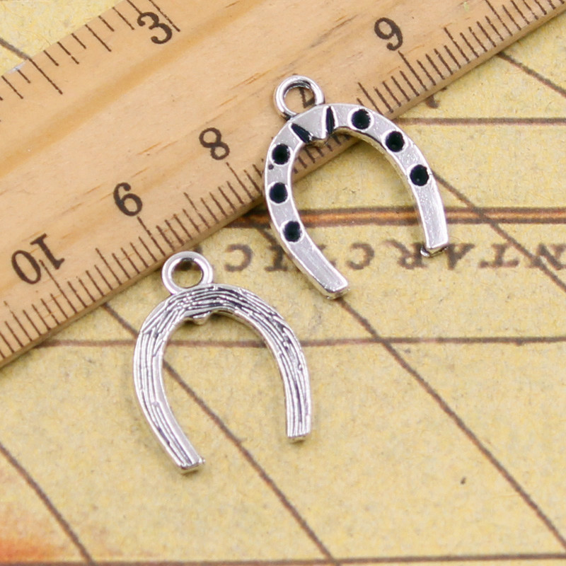 10pcs Charms lucky horseshoe horse 21*16mm Tibetan Silver Plated Pendants Antique Jewelry Making DIY Handmade Craft