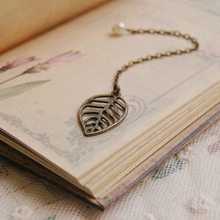 Mini Vintage Creative Alloy bronze Simple Birds leaves Bookmarks for Book Girls Gift 761