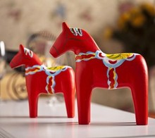 Free Shipping (2pcs/lot) Animal Log Trojan Wedding Woodiness  Red Horse Decoration Desktop Decoration Crafts and Gifts