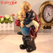 Q-glory Resin Figurines Wedding home decoration accessories Home Decor Garden Figures Miniature Love Gifts Souvenir Grandma(China)