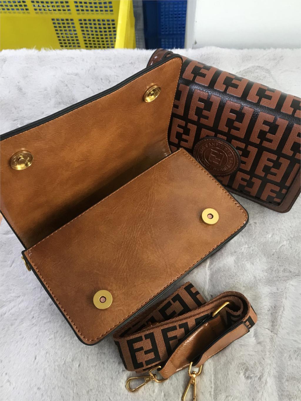 2019 Of The Small Square Fashion Women's vintage Shoulder Bag Shoulder Bag Messenger Bag Mobile Phone Bag Brand original design 8 Online shopping Bangladesh