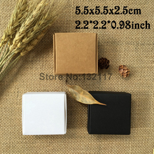 50PCS 5.5*5.5*2.5cm Kraft Paper Box Gift Packaging Box Cartons Caja White Wedding Favors Candy Box Soap Packing Box Caixa