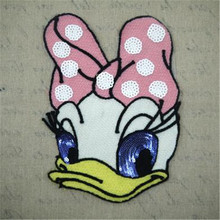 1Pcs Donald Duck Daisy Embroidered Iron On Patches For Clothes Sequins Deal With It Clothing DIY Motif Applique
