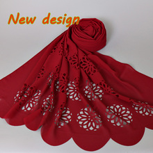 Hot selling women's big size bubble chiffon laser cut floral hollow shawls hijab popular muslim 20 color scarves/scarf 180*85cm(China)