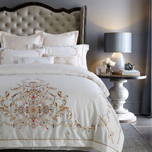 Golden embroidery European style quilt cover bedding pillowcases coverlet queen king bedding set cotton Egyptian satin cotton