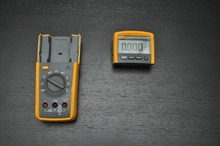 Fast arrival Fluke 233 / AKIT MultiMeter Tru RMS with Removable Head and Accessories(China)
