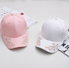 2017 Fashion Girl Caps Flowers Plum Embroidery Cotton Curved Hats Snapback Sweet Baseball Caps For Women Folk style retro flower