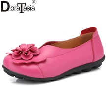 DoraTasia Women Genuine Leather 츠 꽃 Charming Boat Shoes Woman Ballerines 로퍼 어머니 모카신 큰 Size 35-44(China)
