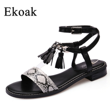 Ekoak New 2017 Fashion Women Gladiator Sandals Summer Ladies Party Dress Shoes Woman Square heel Cross-tied Beach Shoes Sandals(China)