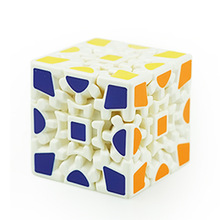 2017 Popular Newest Brand New X-cube 6cm 3x3x3 Gear Magic Cube 3D Puzzle Cubes Educational Toy Special Toys