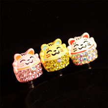 Lucky Cat Design Cute Cartoon Style Dust Plug Cell Phone Accessories For Iphone And All Normal 3.5mm Earphone Jack Plug(China)