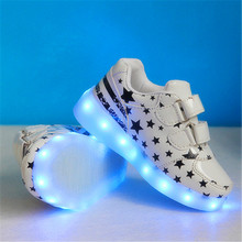 2017 New Kids Boys Girls USB Charger Led Light Shoes Fashion Luminous Sneakers Casual Leather Unisex Sports For Children(China)