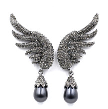 2017 New brand design prevail fashion angelic cute lovely stud Earrings for women simulated Venetian pearl wing Factory Price(China)