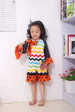 2015 new baby girls HALLOWEEN costume Thanksgiving turkey muti color chevron dress with matching hair bows and necklace set