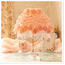 Rose petals table lamp table lamp bedroom bedside lamp pastoral pink princess wedding gift to celebrate the marria(China)