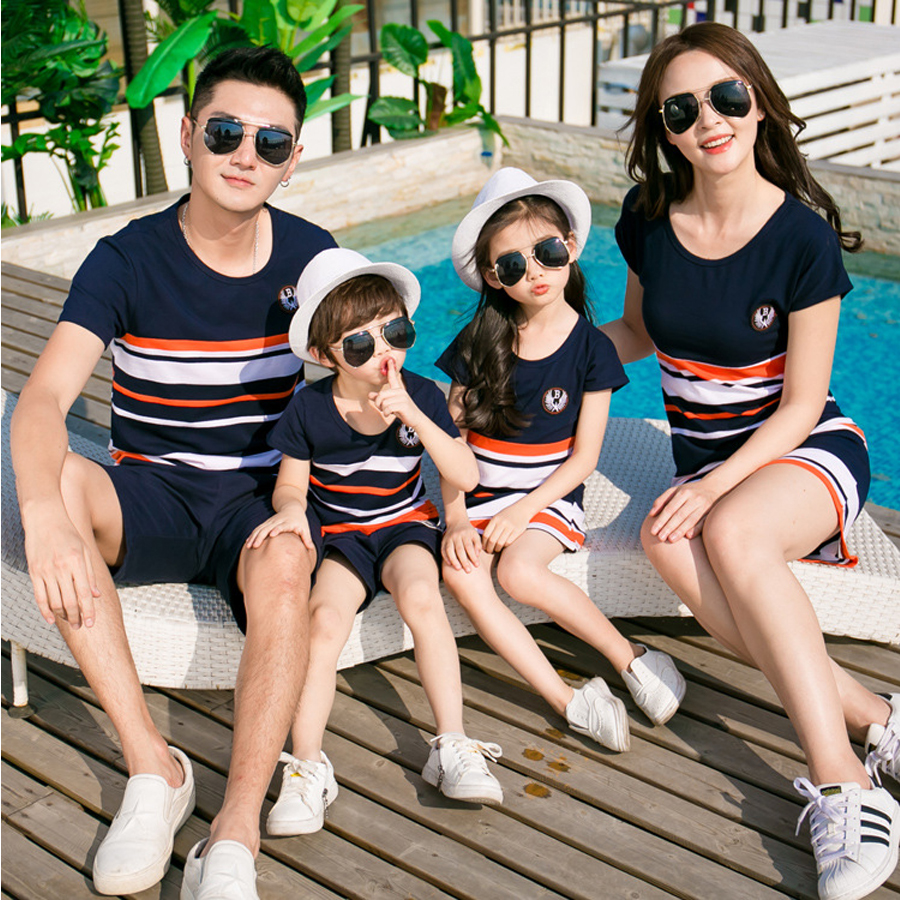 2019 Summer Striped T-shirt Outfits Mother And Daughter Dresses And Father Son Baby Boy Girl Family Matching Family Outfits title=
