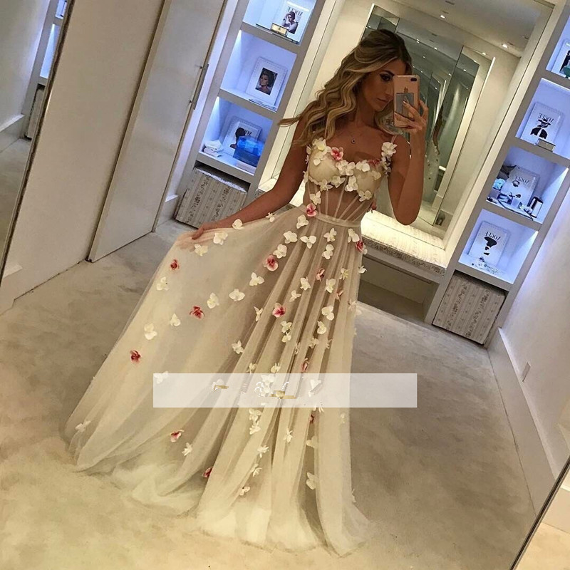 Elegant Robe De Soiree 2019 A-line Spaghetti Straps Tulle Flowers Plus Size Long Prom Dresses Prom Gown Evening Dresses