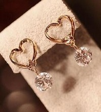 High Quality 2017 New Fashion Elegant Gold Zircon heart Crystal Stud Earrings for Women Ladies Jewelry nice wedding gift