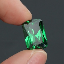 KiWarm New 9.08CT Unheated Dazzling Artificial Green Sapphire 10X14MM Diamond Emerald Loose Gemstone DIY Jewelry Pendant Crafts(China)
