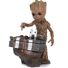 2017 Anime Guardians of the Galaxy 2 DJ Baby Groot Statue Figure Resin Action Figure Collection Tree Men Model Kid Toy Doll 18CM