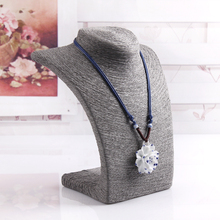 High Quality Gray Necklace Display Shelf Pendant Holder Chain Link Jewelry Bust Neck Display Holder Stand Wholesale Price