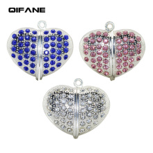 QIFANE 32GB 64G Metal jewelry U Disk pen drive 4G 8G 16G heart shaped crystal USB Flash Drive diamond memory stick Free shipping