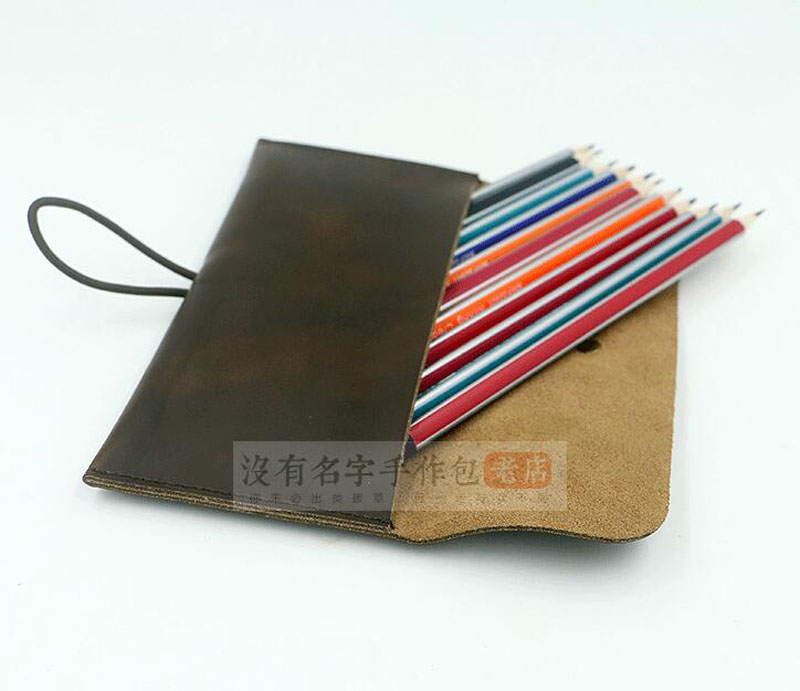 2017-Makeup-pencils-and-art-fountain-pencils-frenzy-horse-leather-stationery-bag-original-simple-pen-sets (5)