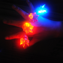 2017 Sale Led Wedding Dress 120pcs/lot 3*3*4cm Soft Finger Ring Special Fashion Silicone Led Light Up Toy Glowing Party Favors