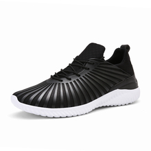 Fashion Mens Casual Shoes 2017 Spring New Design Lightweight Breathable Mesh Trainers Shoes Men Lovers Unisex Solomons Shoes