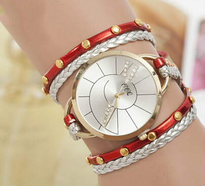 2016 Hot Light Version of Womens Diamond Bracelet Watch Three Winding Watch Strap Fine Quartz Watch<br><br>Aliexpress