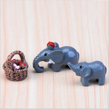 Puppy piggy cartoon animals three - piece dolls creative micro - landscape small ornaments resin crafts