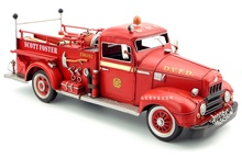 Handmade retro metal craft antique classical car model fire trucks in the U.S for home decoration or gift