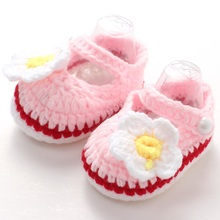 Colorful Baby Knit Shoes Crochet First Walkers,Sapatos Infantis Meninas,Flower Pearl Slipper Baby ,Non Slip Baby Girl Slipper(China)