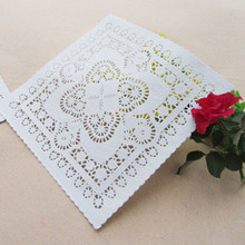 (100pcs/lot) 8'' Lace Square Paper Doilies Placemat Craft Doyleys Wedding Christmas Tableware Decoration PD33(China)